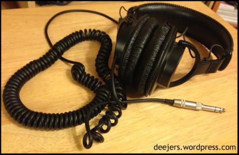 Sony's MDR-V6 Headphones